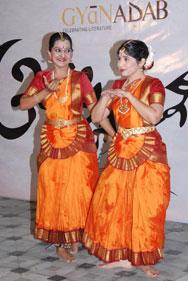 Aaparna-Dhupkar-Priyanka-Kh