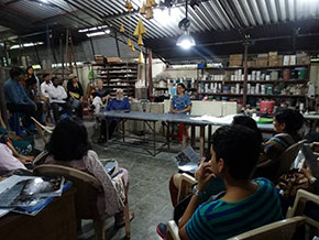 A chit chat with the audience on the art of pottery
