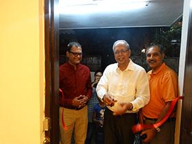 Mr. Farook Merchant and Mr. J P Bannerjee inaugurating Utpal's show at Gyaan Adab