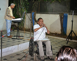 Purbu Rindol, a jawan from the paraplegic rehabilitation centre sang songs of Kishore Kumar
