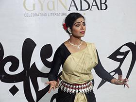 Varda Vaishampayan expressive narration was riveting