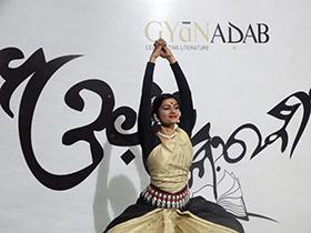 Priyasha Deshmukh is strength and poise