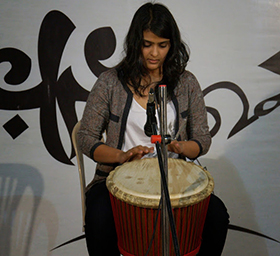 Khushboo played her emotions on the djembe