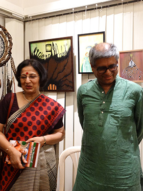 Author Mohini Khot and playwright Mahesh Dattani releasing the book