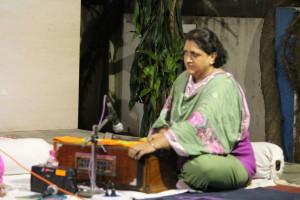 Priya Ganguly on the harmonium.